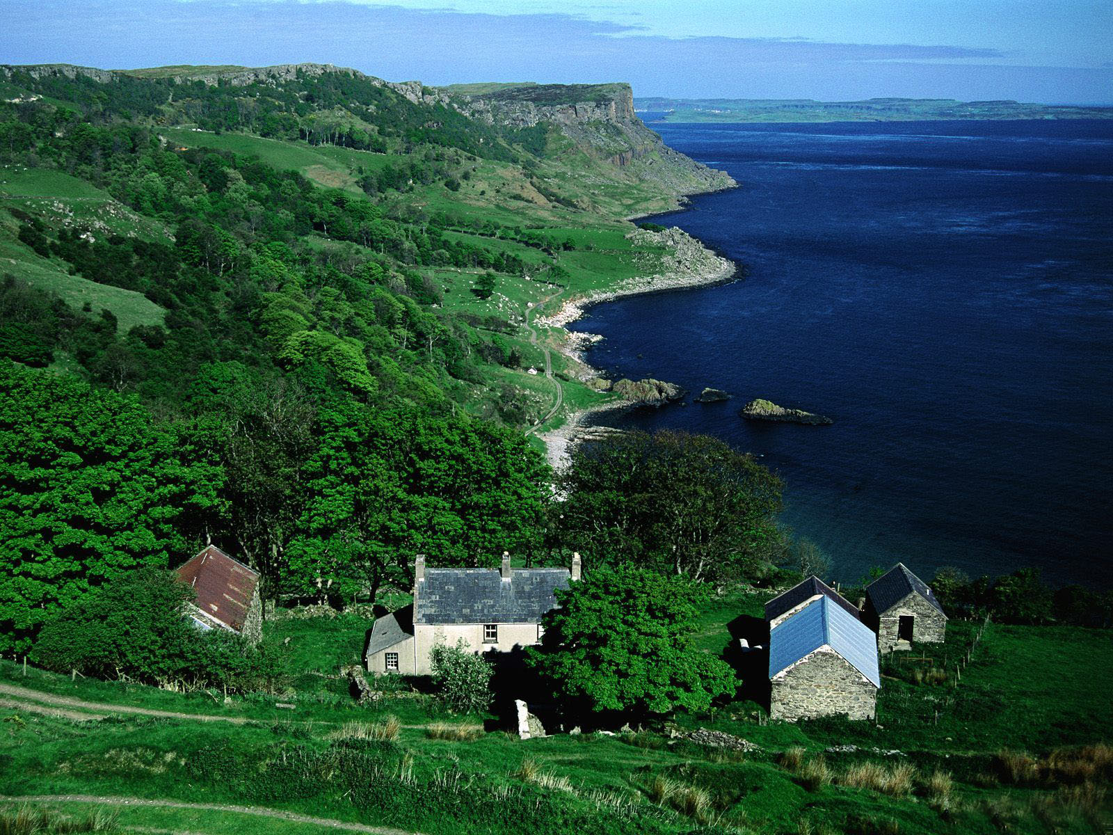 爱尔兰风景壁纸,内附经典风笛曲,观赏异域风情