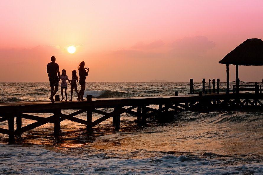family-pier-man-woman-39691-large.jpeg