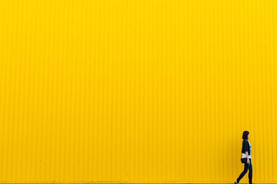 yellow-926728_960_720.jpg