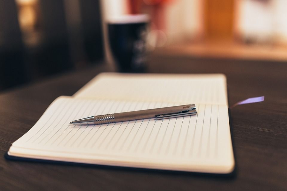 notepad-926046_960_720.jpg
