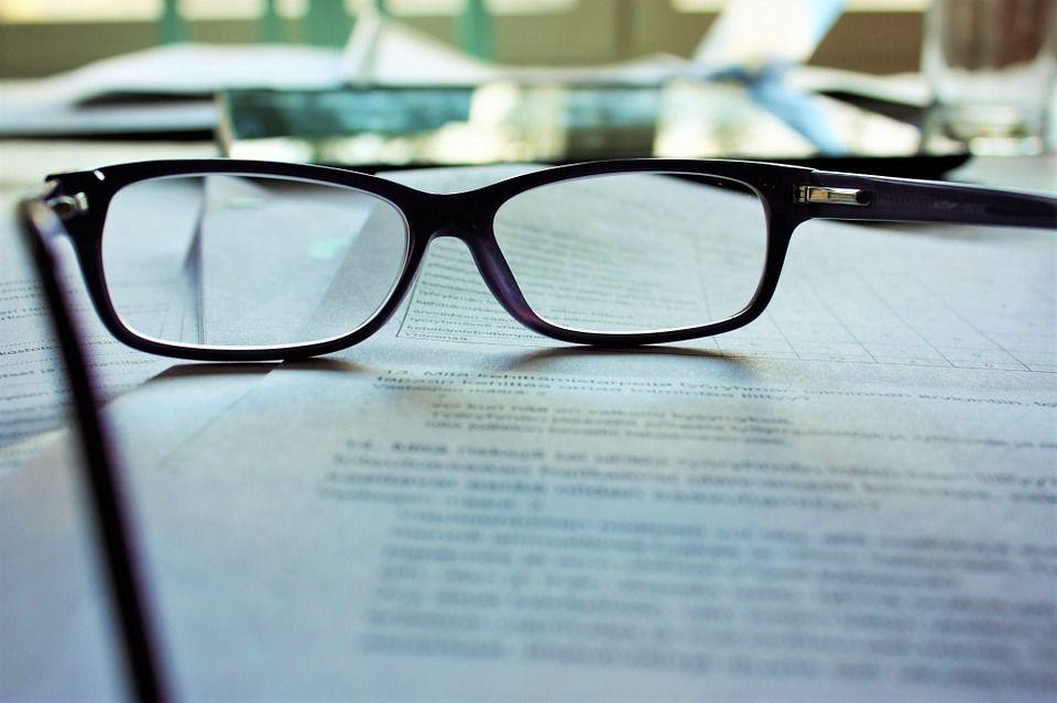 glasses-983947_960_720.jpg