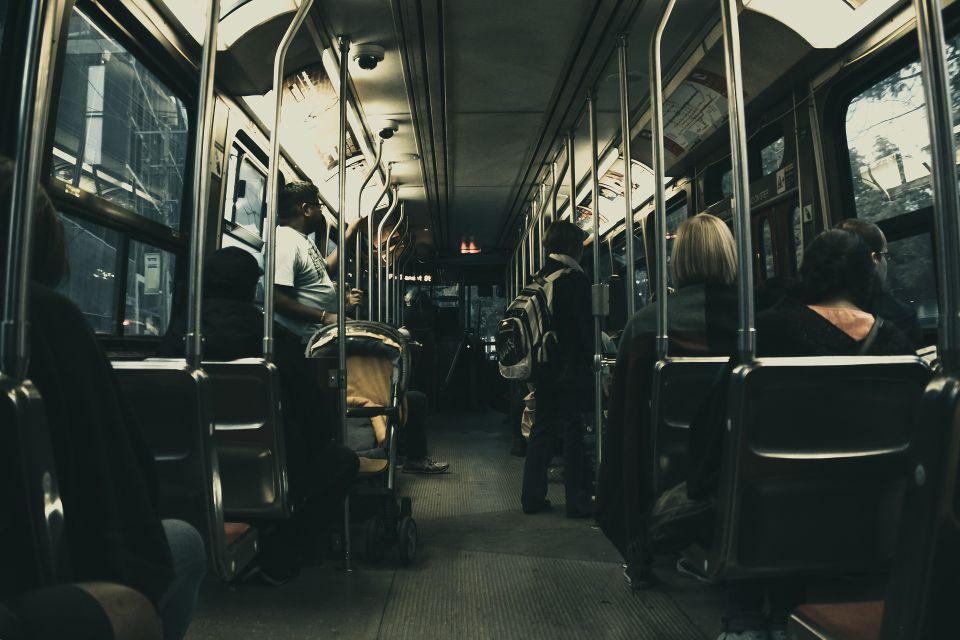 bus-1868507_1920.jpg