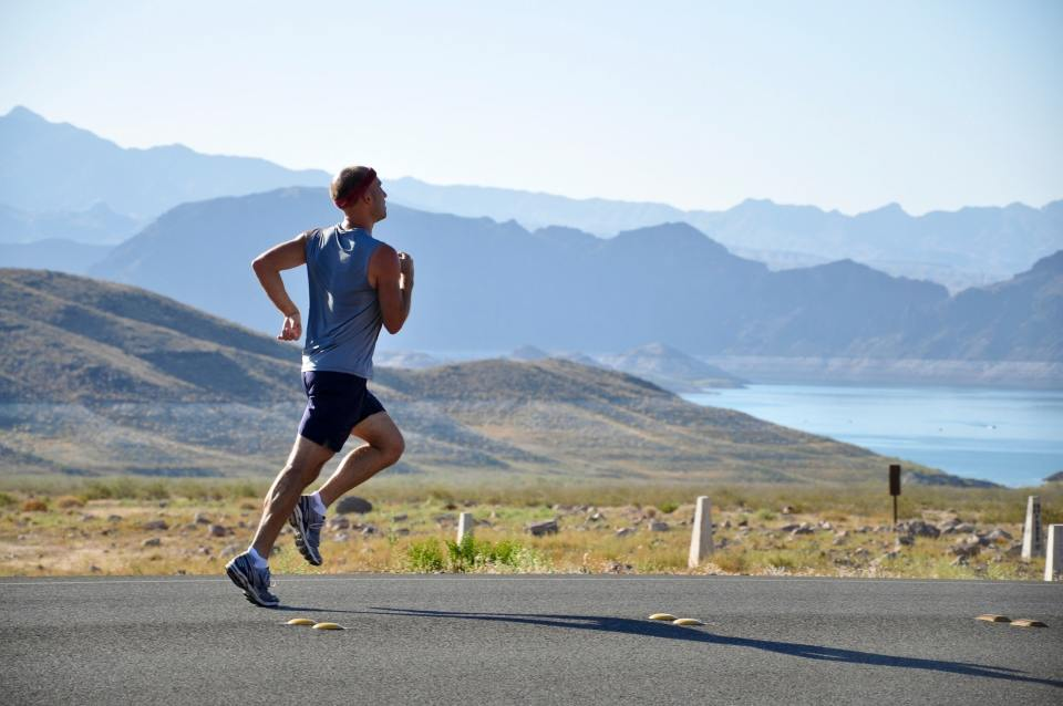 adventure-athlete-athletic-235922.jpg