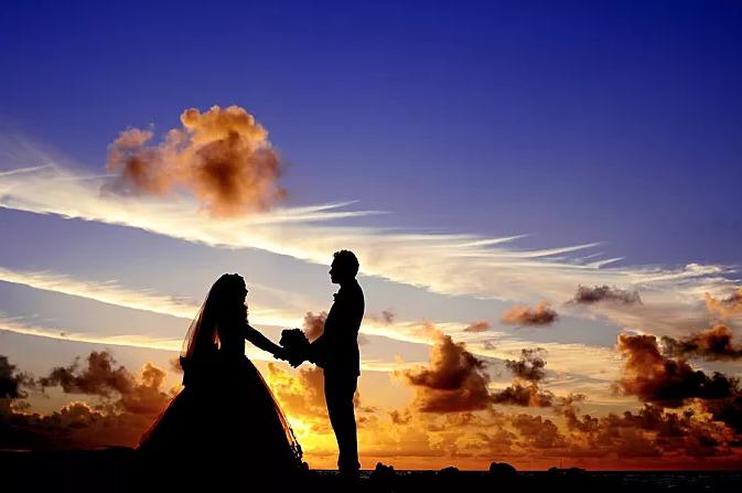 192结婚黄昏.png