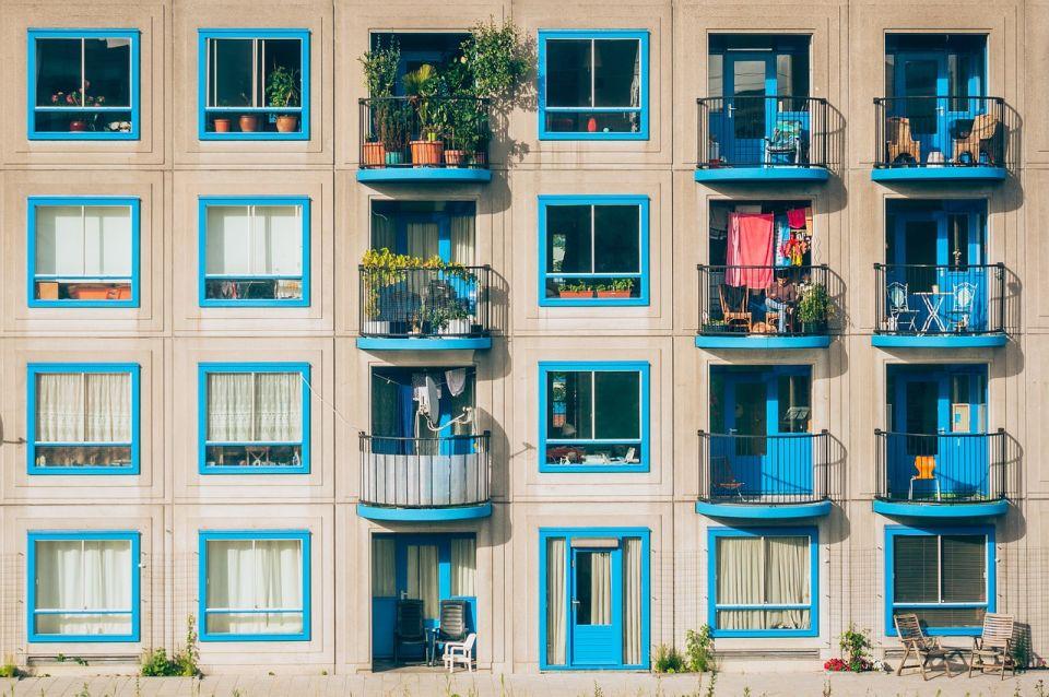 apartments-1845884_1280.jpg