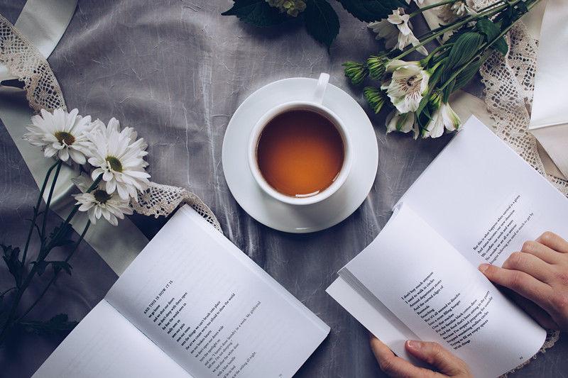 beverage-books-caffeine-904616_副本.jpg