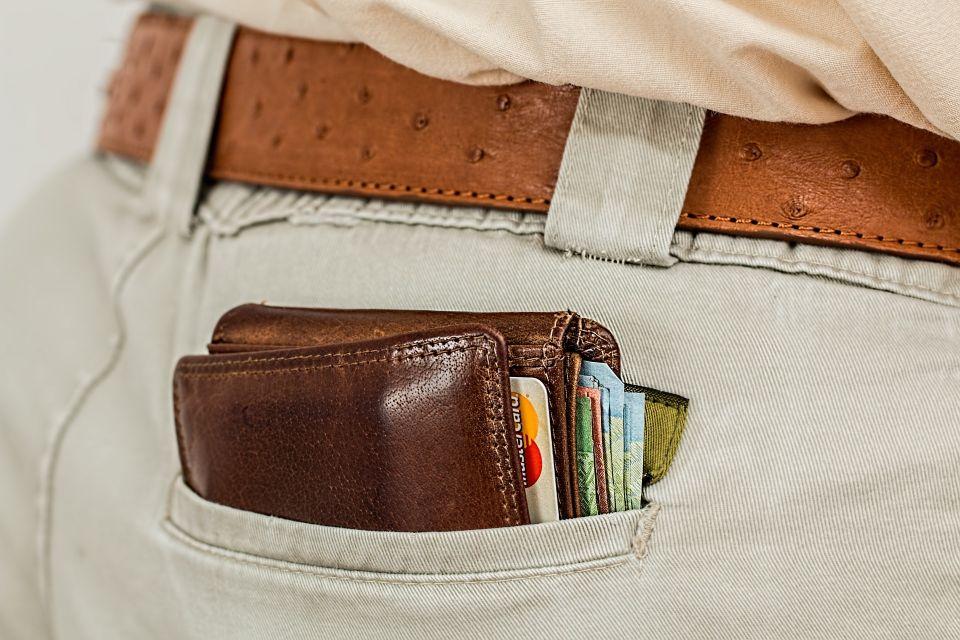 wallet-1013789_1920.jpg